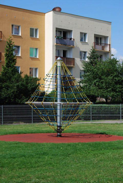 20.01.130 rotary pyramid