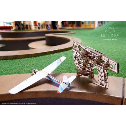 Ugears Flight Starter Mechanical model kit  DSC0919 800x800